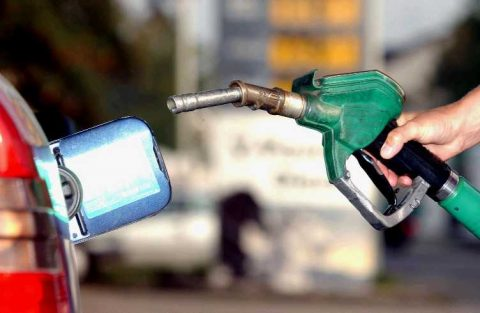 Benzine, tankstation, benzinediefstal, Bovag, benzineprijs