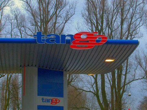 Tango, benzinepomp, tankstation