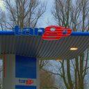 Tango, tankstation
