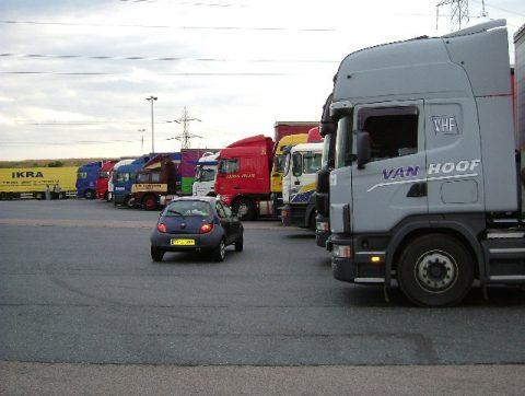 truckstop, vrachtwagens, parkeerplaats