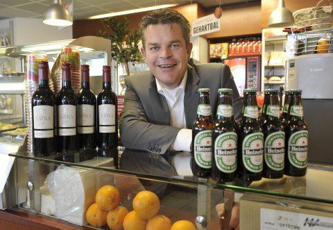 Ewout Klok, alcohol, tankstation