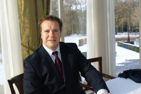 nove, Erik de Vries