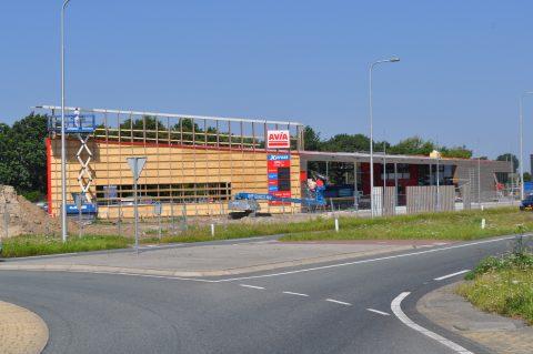 AVIA, Den Oever, tankstation, hout, duurzaam