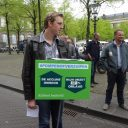 actie grenspomphouders den haag 17 april accijns protestbord