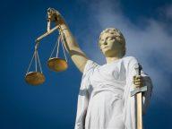 rechter rechtbank justitia